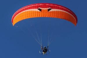Motor hang-gliders